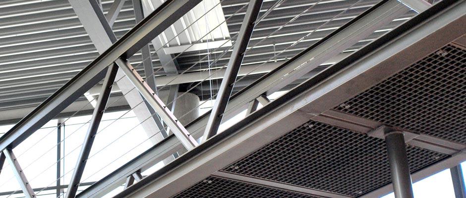 Gitterrost Brücke Steg Stahlbau Metallbau