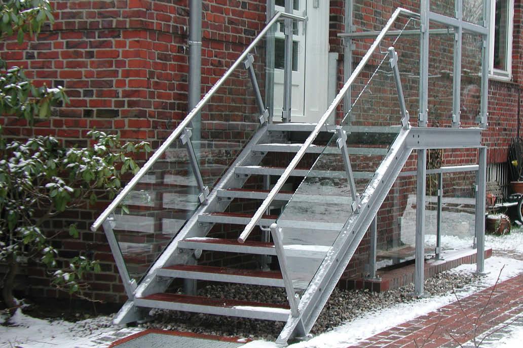 Treppe Stahlbau Glasfüllung Geländer Gawron