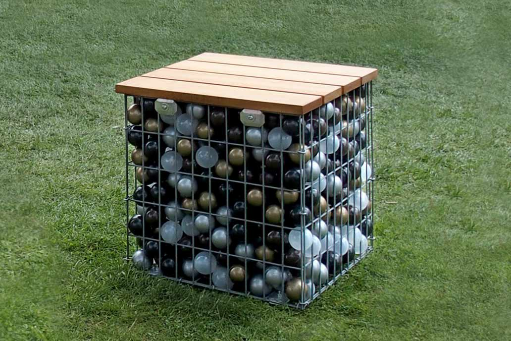 Gabionenhocker bauen sie ihren individuellen sitzplatz for Folie zum bekleben von holz