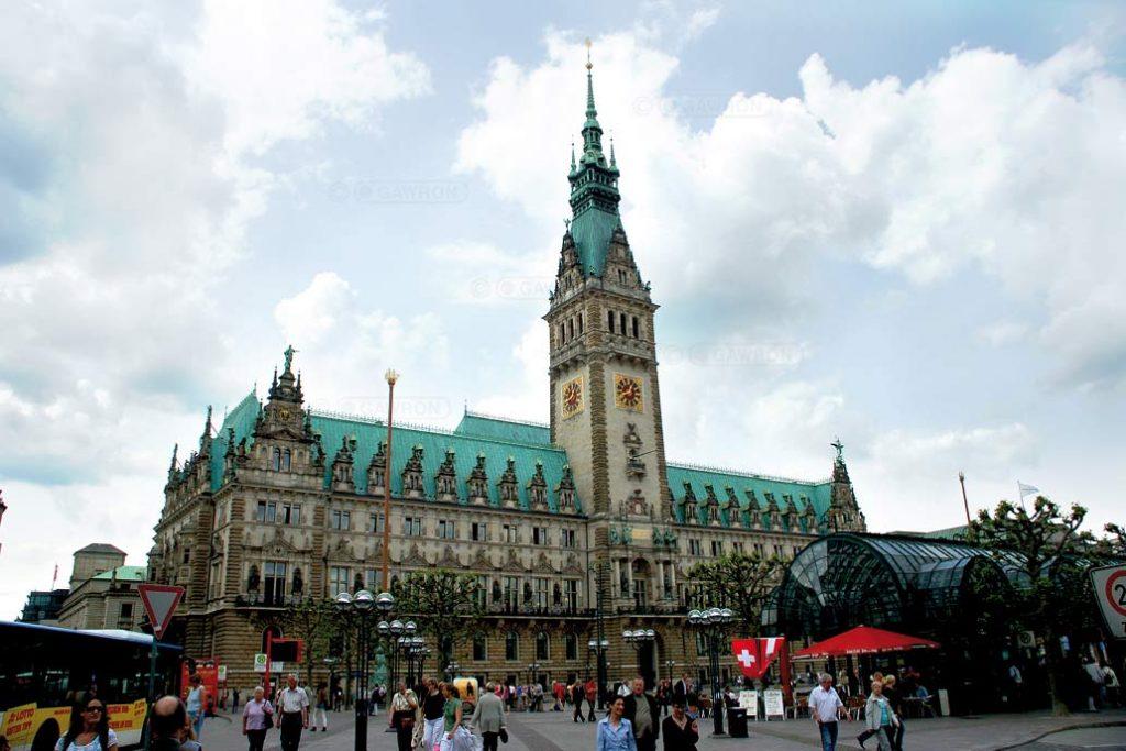 Blick auf das Hamburger Rathaus.