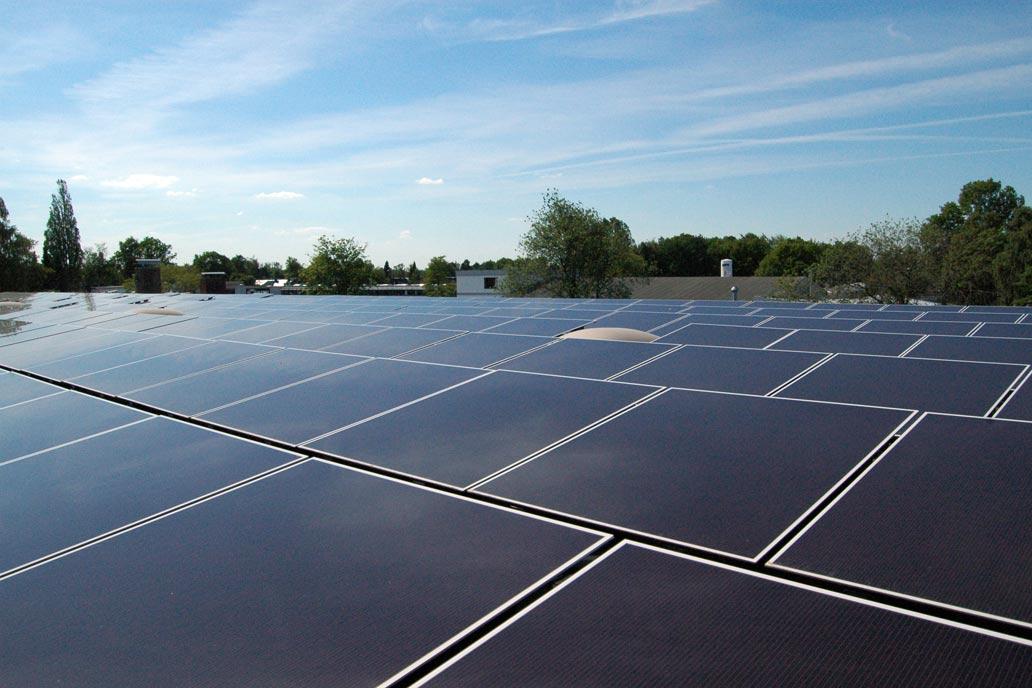 Photovoltaikanlage auf dem Dach von Gawron & Co