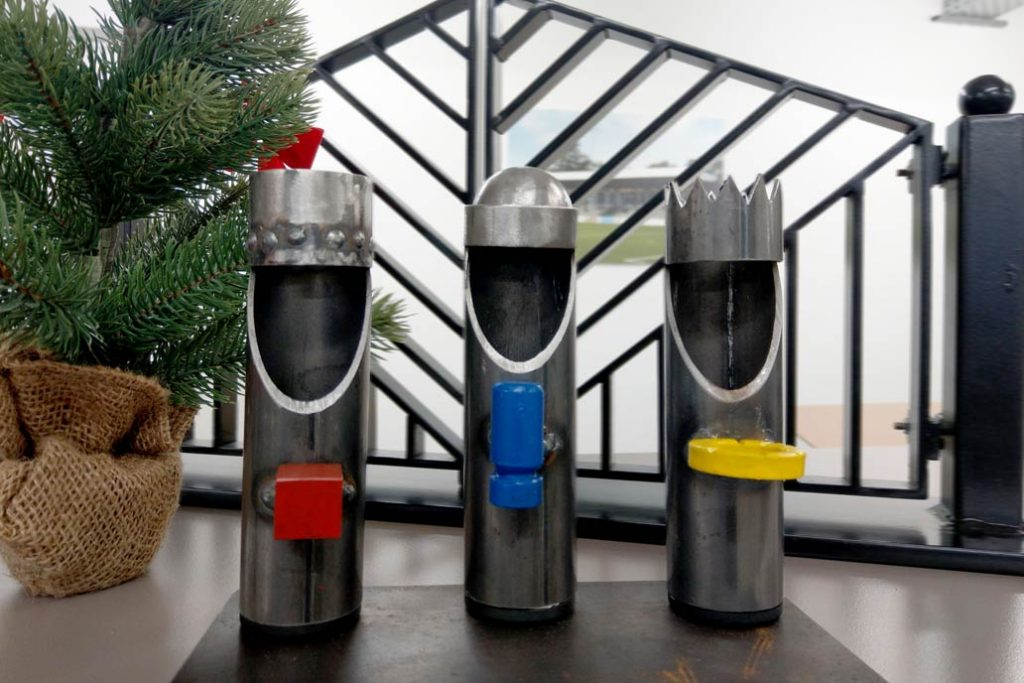 Die Heiligen Drei Könige aus Metall, gefertigt in der Lehrwerkstatt von Gawron & Co in Rellingen.